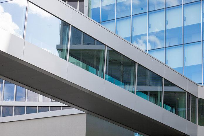 Aluminiowo-szklane fasady wyznacznikiem nowoczesności