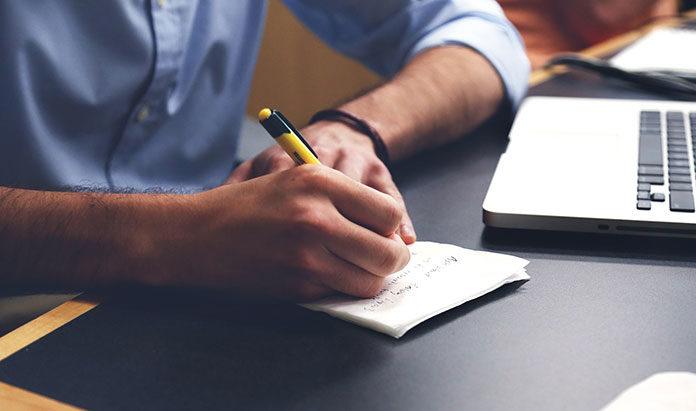Pudełka na koperty – biuro, dom, szkoła