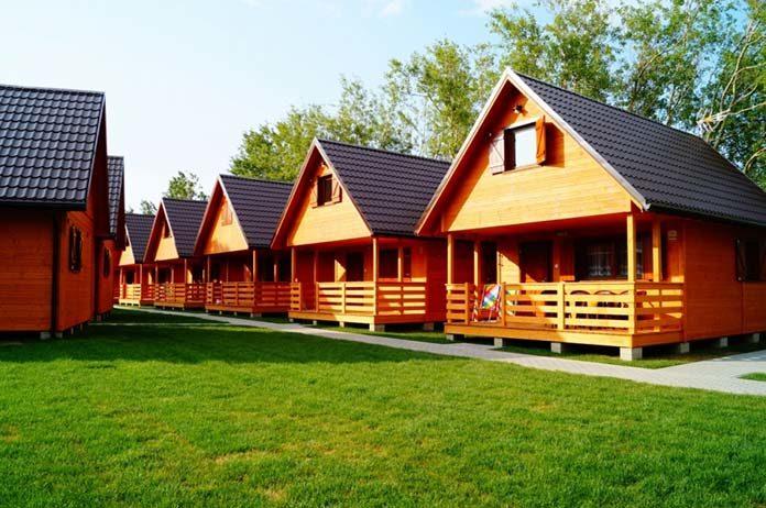 Wokół drewnianych domów i domków